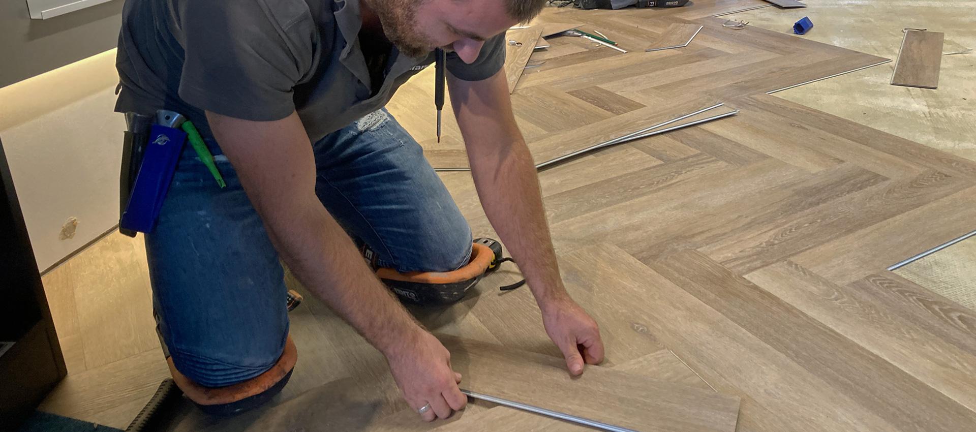PVC visgraat vloer laten leggen